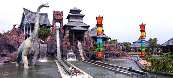 曾经的六福村动物园经过35年的发展,已经成为一个游乐园与野 生动物园
