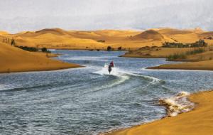 【乌海图片】穿沙而过的黄河水