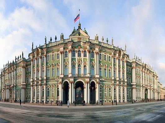 游览圣彼得堡的中心广场—冬宫广场(10分钟)和参院广场(10分钟)图片