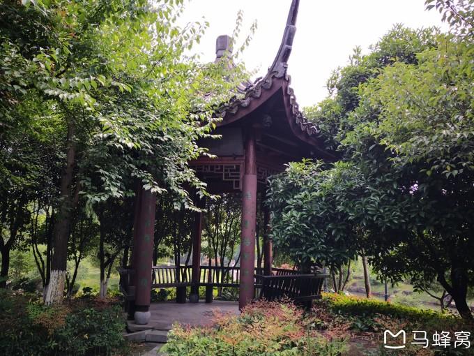 """游览杭州市余杭区超山风景区的""""北园""""景区"""
