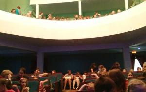海参崴娱乐-Youth Theater