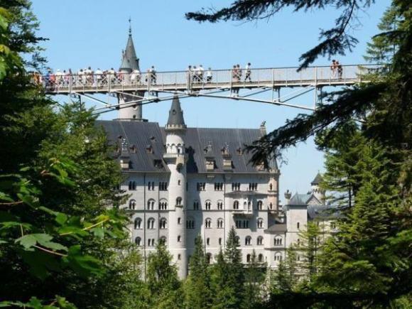 德国 福森 新天鹅堡一日包车服务(慕尼黑往返)