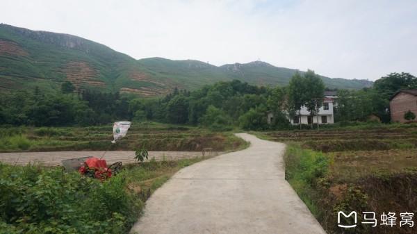 《一路向南:徒步鹤岭,车游凤凰山,只为与你--衡东游记