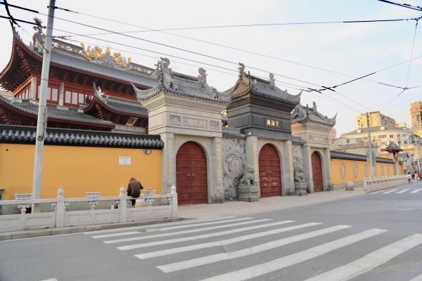 上海 游记     下海庙位于虹口区商业闹市提篮桥地区,当时夏海义王