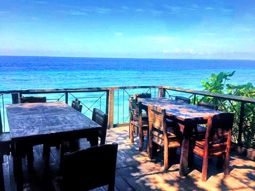 菲律宾薄荷岛看萤火虫/蜂蜜农场/悬崖餐厅/红树林半日游 阿罗娜海滩