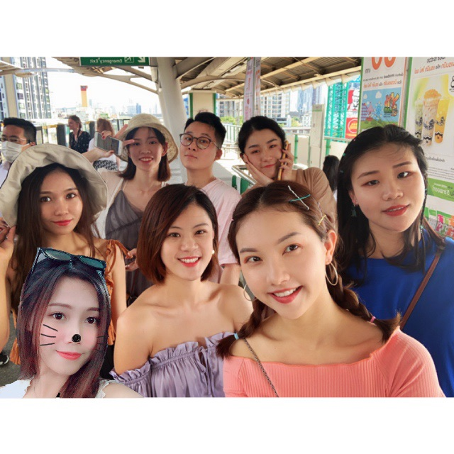Take a post-95 girlfriend ♥Man Yoyo♥Hea five-day Bangkok tour