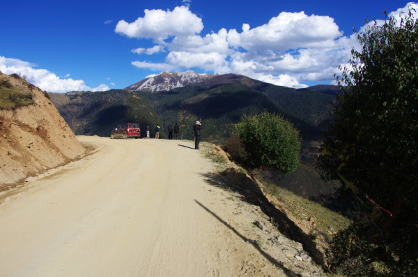一路向西 色达甘孜亚青白玉德格玛尼干戈石渠玉树图片