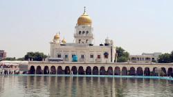 新德里景点-班戈拉•撒西比锡克教谒师所(Gurudwara Bangla Sahib)