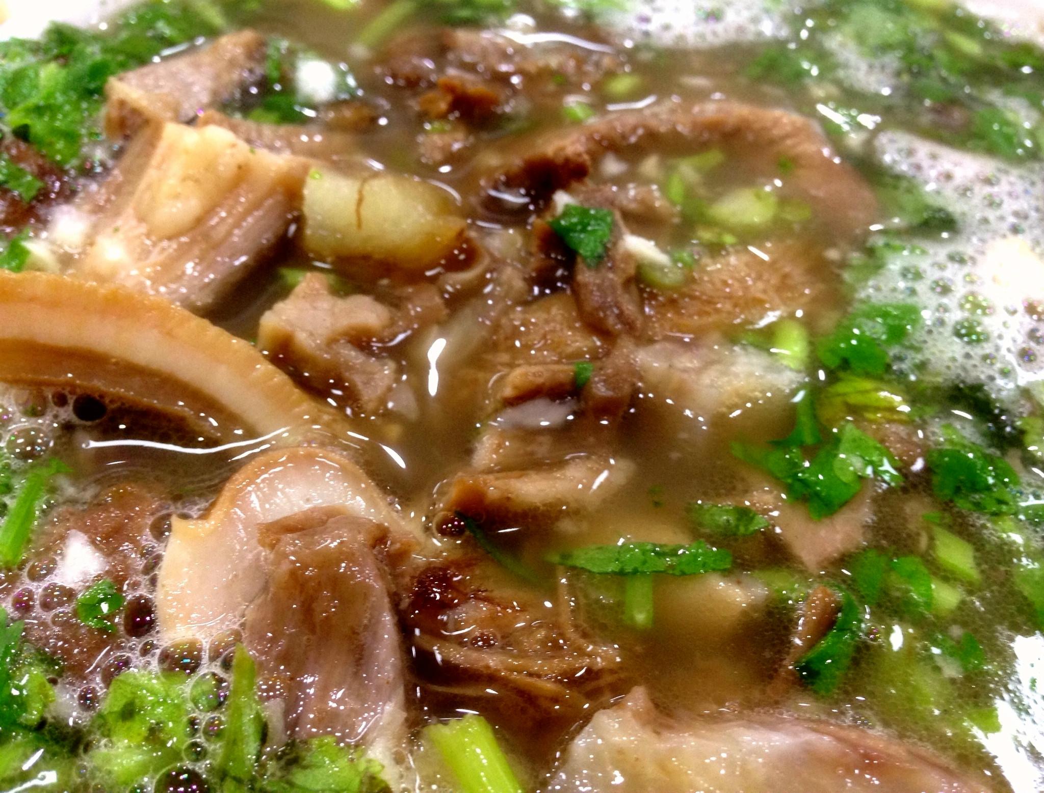 沧州特色小吃之羊杂汤