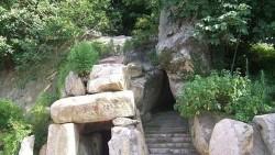 普陀山景点-法华灵洞