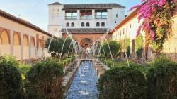 格拉纳达景点-轩尼洛里菲花园(Generalife)