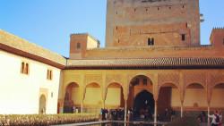 格拉纳达景点-科马瑞斯皇宫(Palacio de Comares)