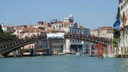 威尼斯景点-学院桥