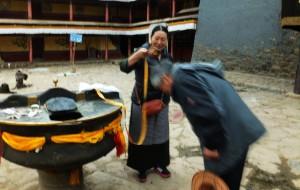 【日喀则图片】#花样游记大赛#西藏篇 7  朝佛三天,名刹,圣湖,冰川一应俱全。西藏圣域拜佛,访古建筑。