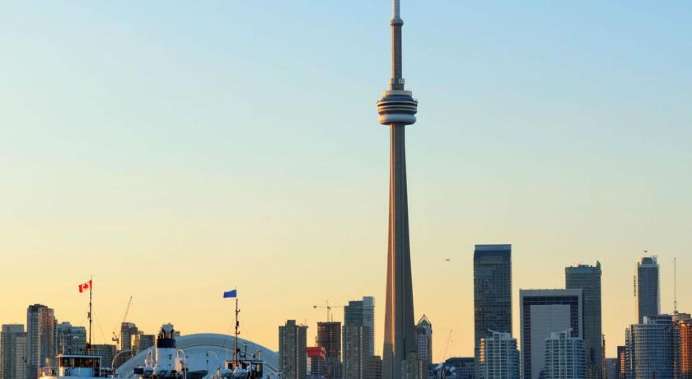 加拿大国家电视塔奢华套房一卧室共管公寓