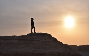 【龙门石窟图片】一路向西!离开那繁荣喧嚣的世界。