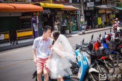 身披白纱。手执珠花-----闲散在泰北小镇(曼谷、清迈、拜县)
