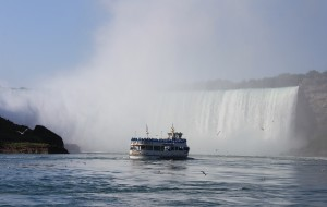 【尼亚加拉图片】加拿大Ontario自驾4日安娜堡—多伦多,尼亚加拉大瀑布和湖滨尼亚加拉镇