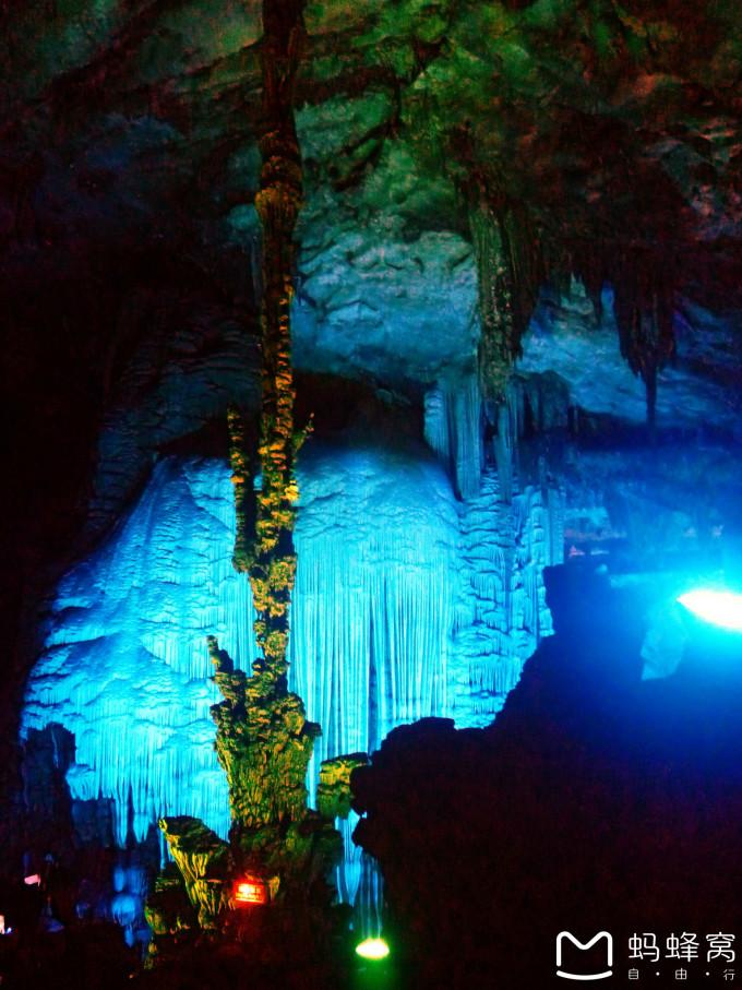 桂林山水记-芦笛岩和银子岩